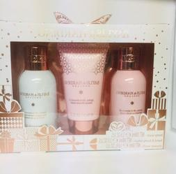 Baylis & Harding Gift Set For Her: Body Wash, Lotion & Showe